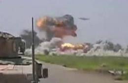 驻阿富汗美军拍到神秘UFO轰炸塔利班基地视频