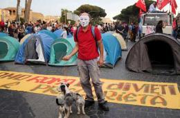 """意大利民众""""占领""""罗马广场大道 抗议住房价格高"""
