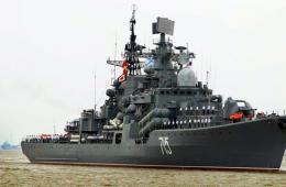 俄军舰艇抵上海 将参加中俄联合海上军演