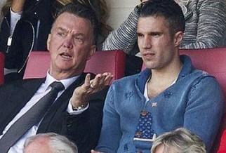 范加尔暗示范佩西将成曼联新队长 恐逼走鲁尼