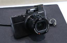 索尼RX100 III现场图赏 镜头升级内置取景器
