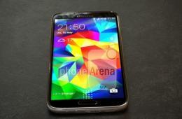 疑似Galaxy S 5 Prime真机曝光 金属边框