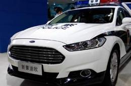 国外品牌SUV用做警车很霸气