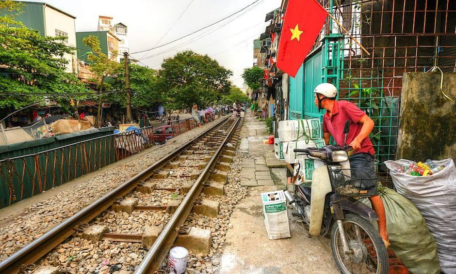 纪实摄影:铁道旁