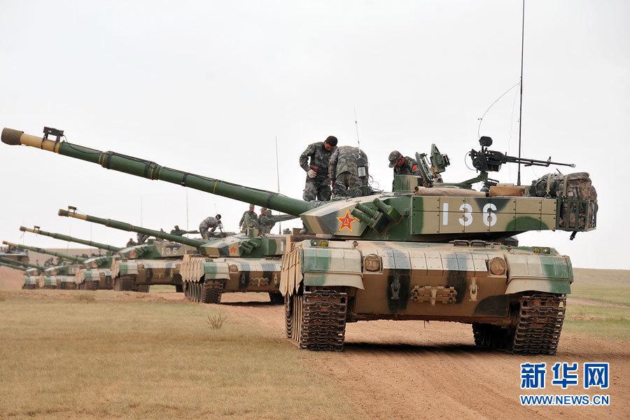 北京军区96A型坦克浩浩荡荡