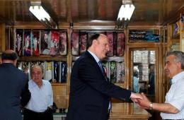 """叙利亚总统候选人街头""""秀""""亲民"""