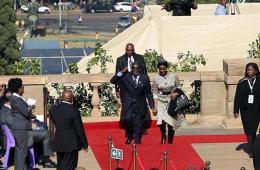 南非总统祖马就职 空军展现军威