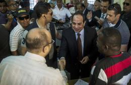 埃及总统大选初选开幕 赛西到场投票呼声最高