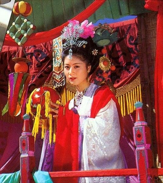环球旅行记_86版《西游记》妖精仙女今昔对比照_娱乐_环球网