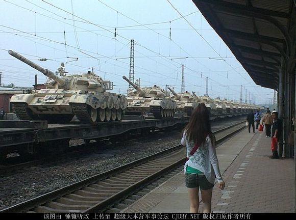 新款涂装59D坦克现身用途神秘