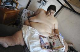 世界最胖男人因病去世 曾连续9年卧床不起