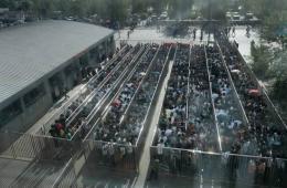 北京三地铁站实施人物同检 乘客排长龙