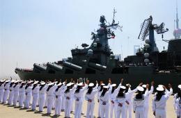来华参加军演的俄军舰驶离上海