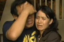 美枪击案华裔受害者父母:多想用自己命换回儿子命