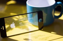 最佳创意的高科技名片:可当U盘甚至游戏机