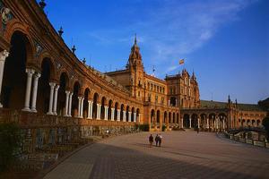 西班牙将推63亿欧元刺激计划 缓解高失业低通胀
