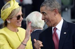 奥巴马与荷兰王后打情骂俏相谈甚欢