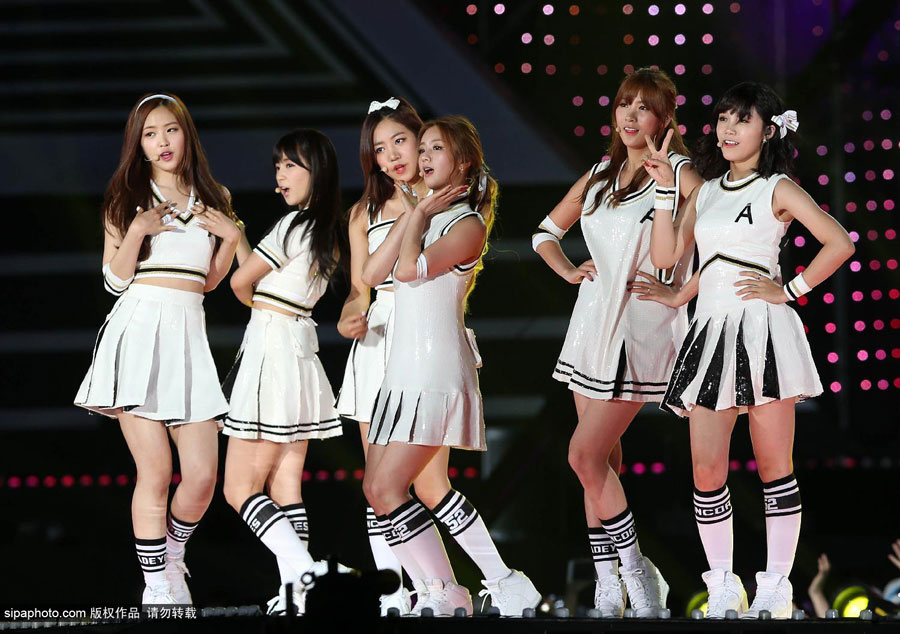 少女时代、EXO飙歌 T ara、Girl's Day比拼热舞