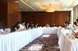 """首届""""中韩网络意见领袖圆桌会""""在北京举行"""