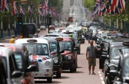 欧洲出租车司机大罢工 抗议使用打车软件