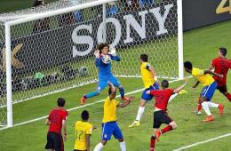 逆天门将让巴西众星俯首 墨西哥0-0逼平巴西