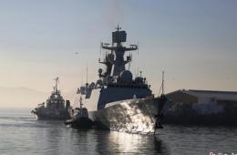 中国海军舰艇编队访南非 指挥员赠送《孙子兵法》