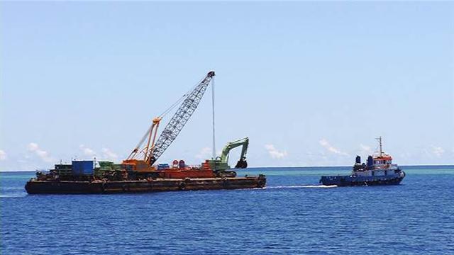 台当局将在南沙兴建码头 重型机具已运抵太平岛