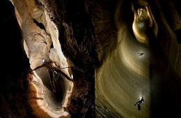 德国百万欧元救助洞穴探险者 巨额花销引争议