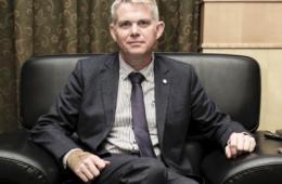 世界动物保护协会CEO:20年钟情动物慈善事业