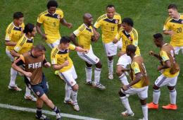 """哥伦比亚2-1科特迪瓦 球员集体跳""""广场舞"""""""