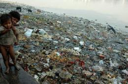 印度政府计划建千座河畔厕所改善恒河水质