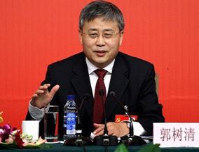 山东省长:将青岛建成国际财富管理中心