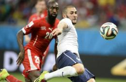 法国5-2大胜瑞士出线在望