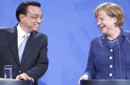 中欧关系快速全面发展成中国外交亮点