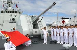 我052C舰舰员在夏威夷宣誓入党