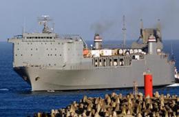 美军巨舰担任销毁叙化武重任