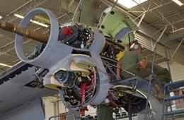 难得一见的V-22发动机维护图