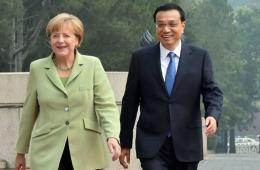李克强同默克尔举行会谈 一致同意加强两国互信