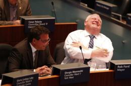 加拿大吸毒市长戒毒所归来 上班第一天心情不错