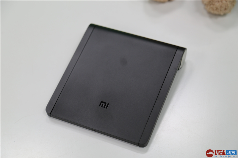 不带硬盘的简化版 小米路由mini实拍