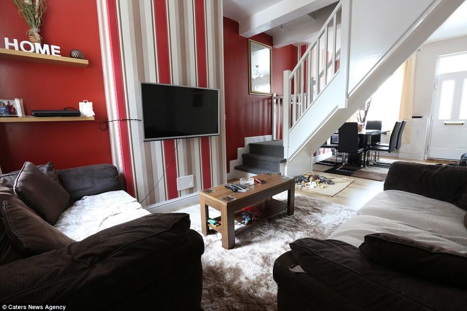 政府1英镑贱卖旧楼 幸运夫妻翻修后市值7万镑