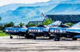 日本 米格/朝鲜空军现役米格15首次曝光...