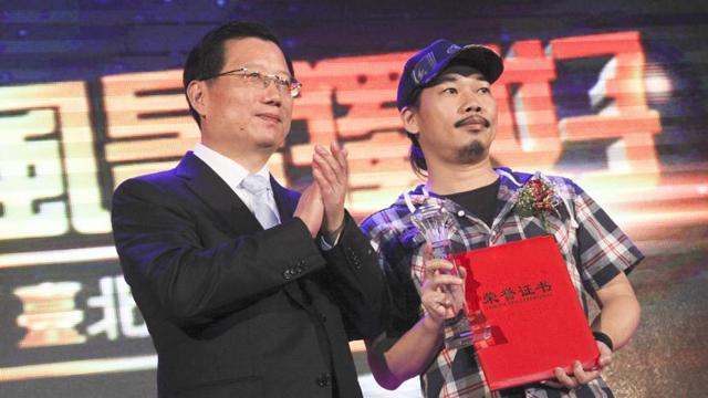 强卫在台湾推介江西旅游 知名音乐人方文山站台