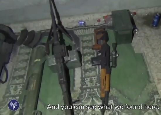 以军发视频片段证明加沙清真寺内藏有地道