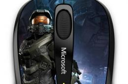 微软推出《光环》主题无线鼠标 兼顾小巧与功能
