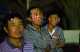 中国公民集体撤离利比亚暂告结束 600余人撤离