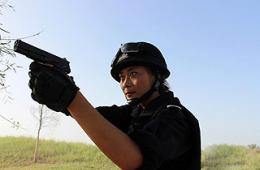 新疆喀什维汉姐妹警花誓言灭恐