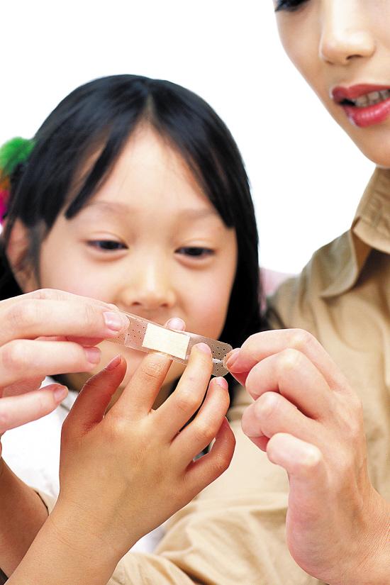 孩子受伤要如何正确处理?