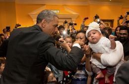 奥巴马迎53岁生日 白宫倾情奉献10佳照片庆生
