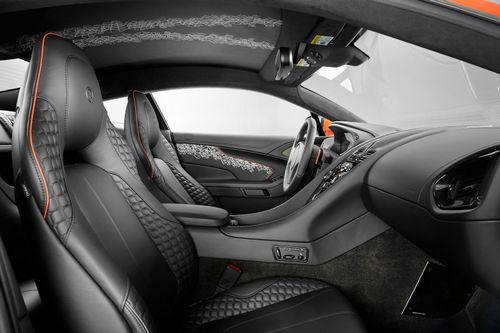 标志.   四款车型包括q版的阿斯顿.马丁vanquish coupe、q版高清图片